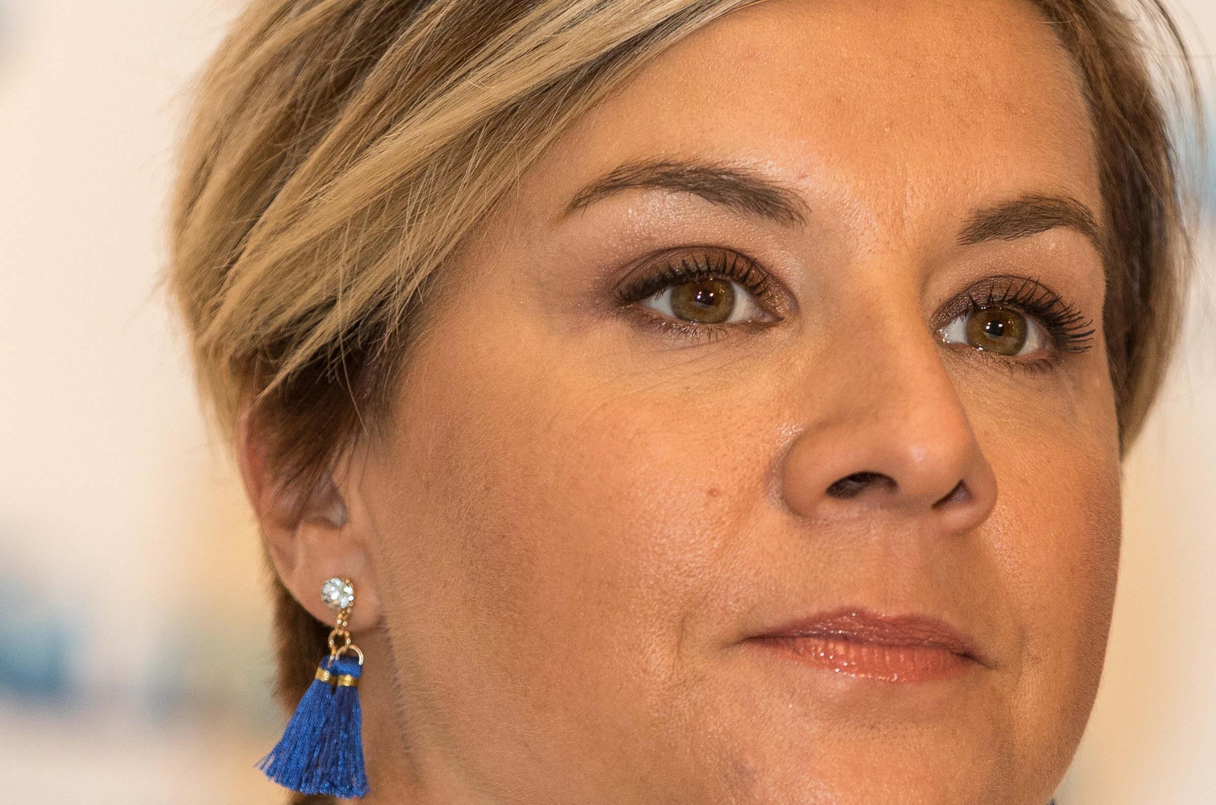igazságügyi bajnoki leszbikus szexében szőrös punci képek