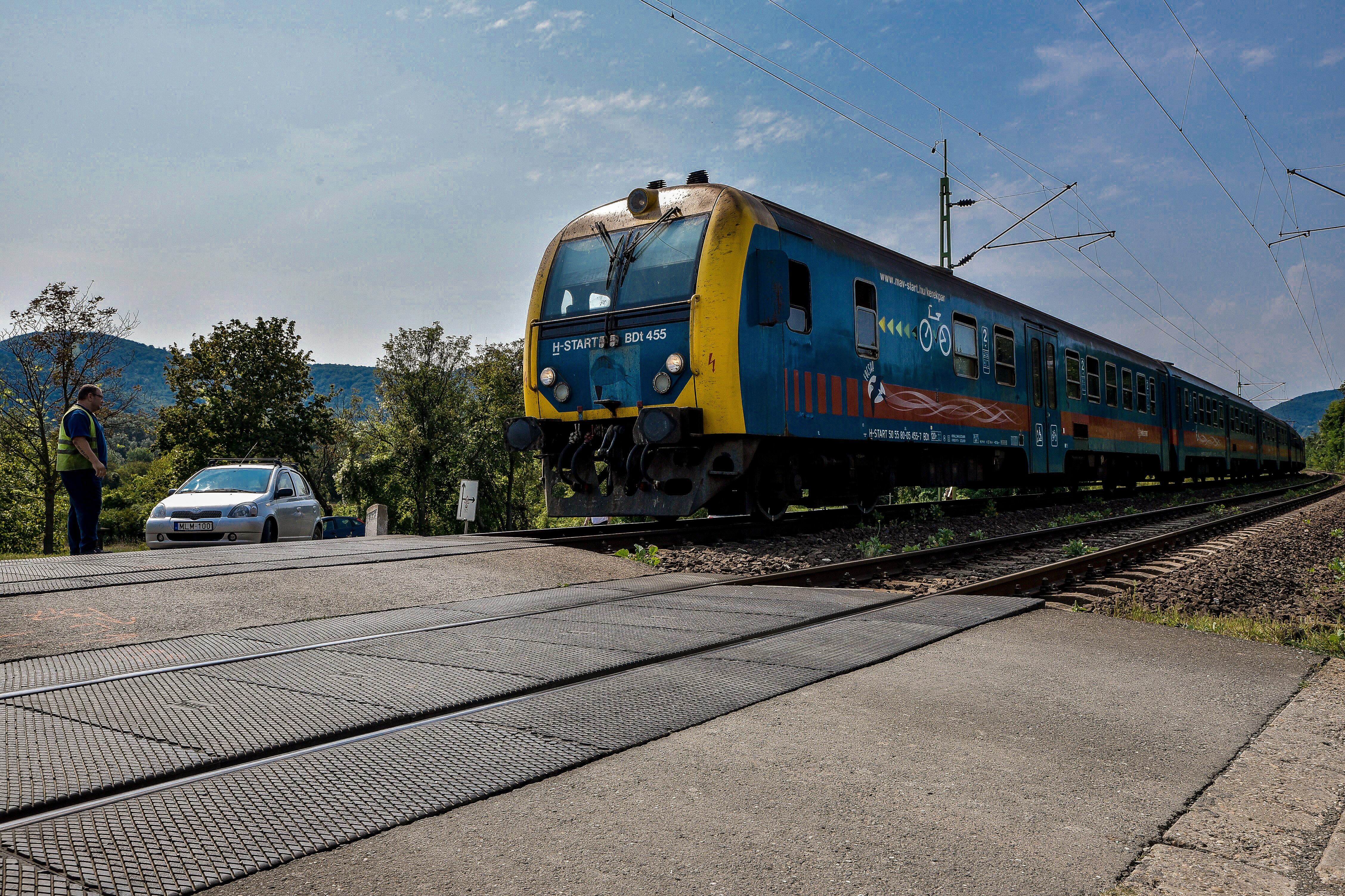 Gyorsabban le lehet jutni vonattal a Balatonhoz