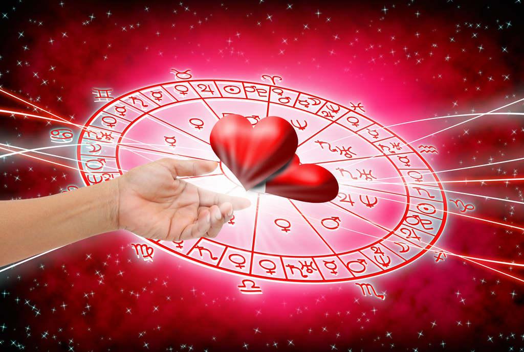 Megérkezett a horoszkópod, így fogod tölteni a Valentin napot