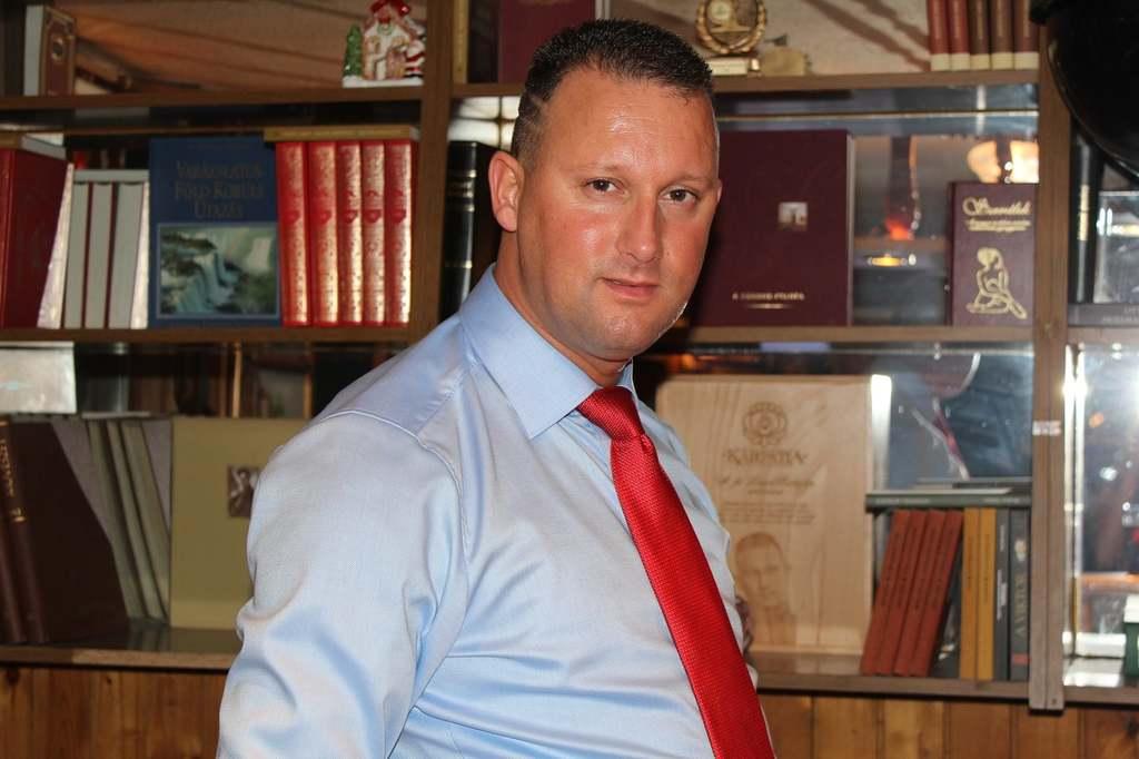Betelt a pohár: Alekosz nem bírta tovább, feljelentést tett a rendőrségen