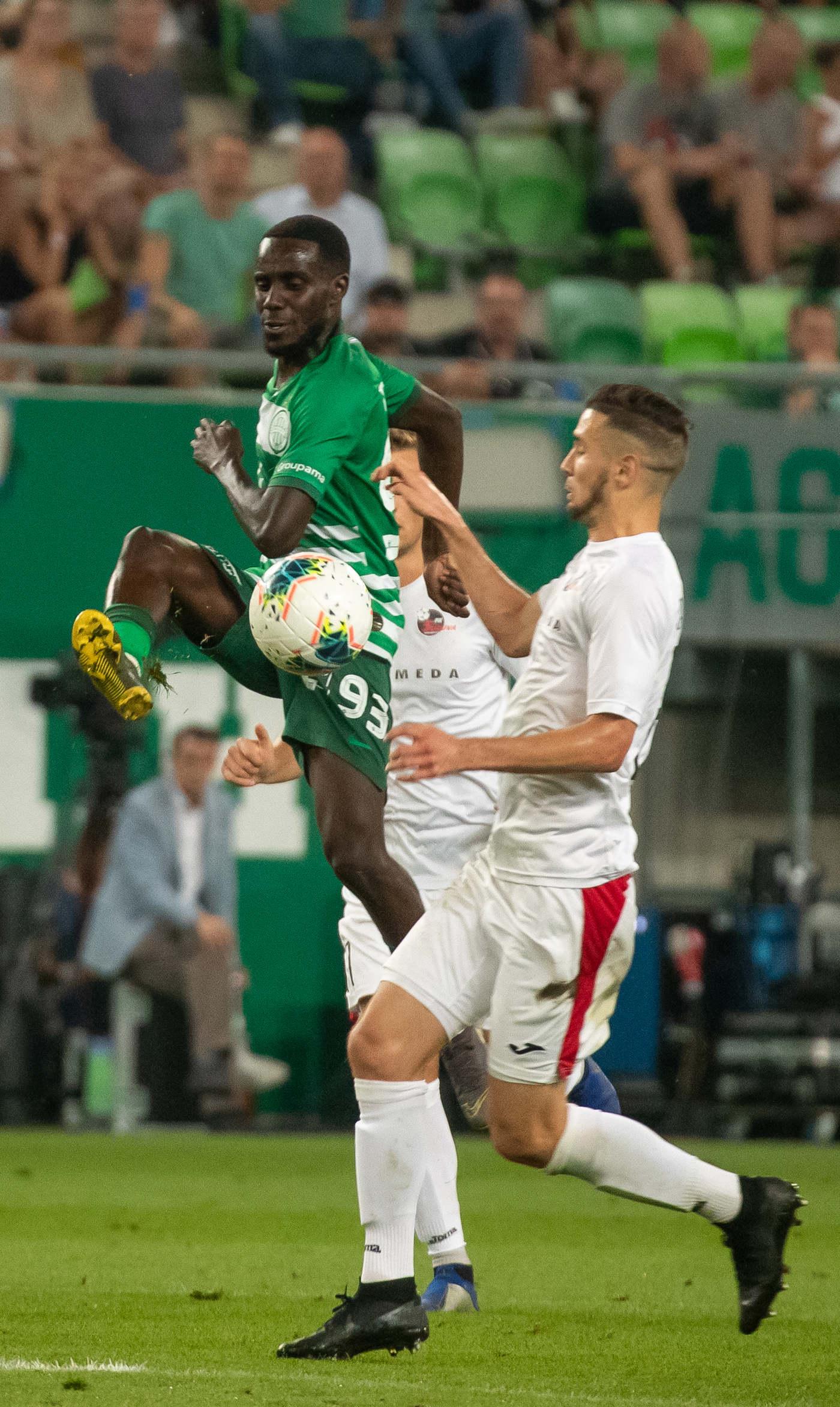Augusztus: Tizennégy meccset focizott nemzetközi porondon az FTC: A magyar bajnokot a BL-ben a Dinamo Zagreb búcsúztatta, ezt követően azonban bejutott az Eeurópa-liga főtáblájára a gárda, ott pedig jét ponttal csoportharmadik lett.