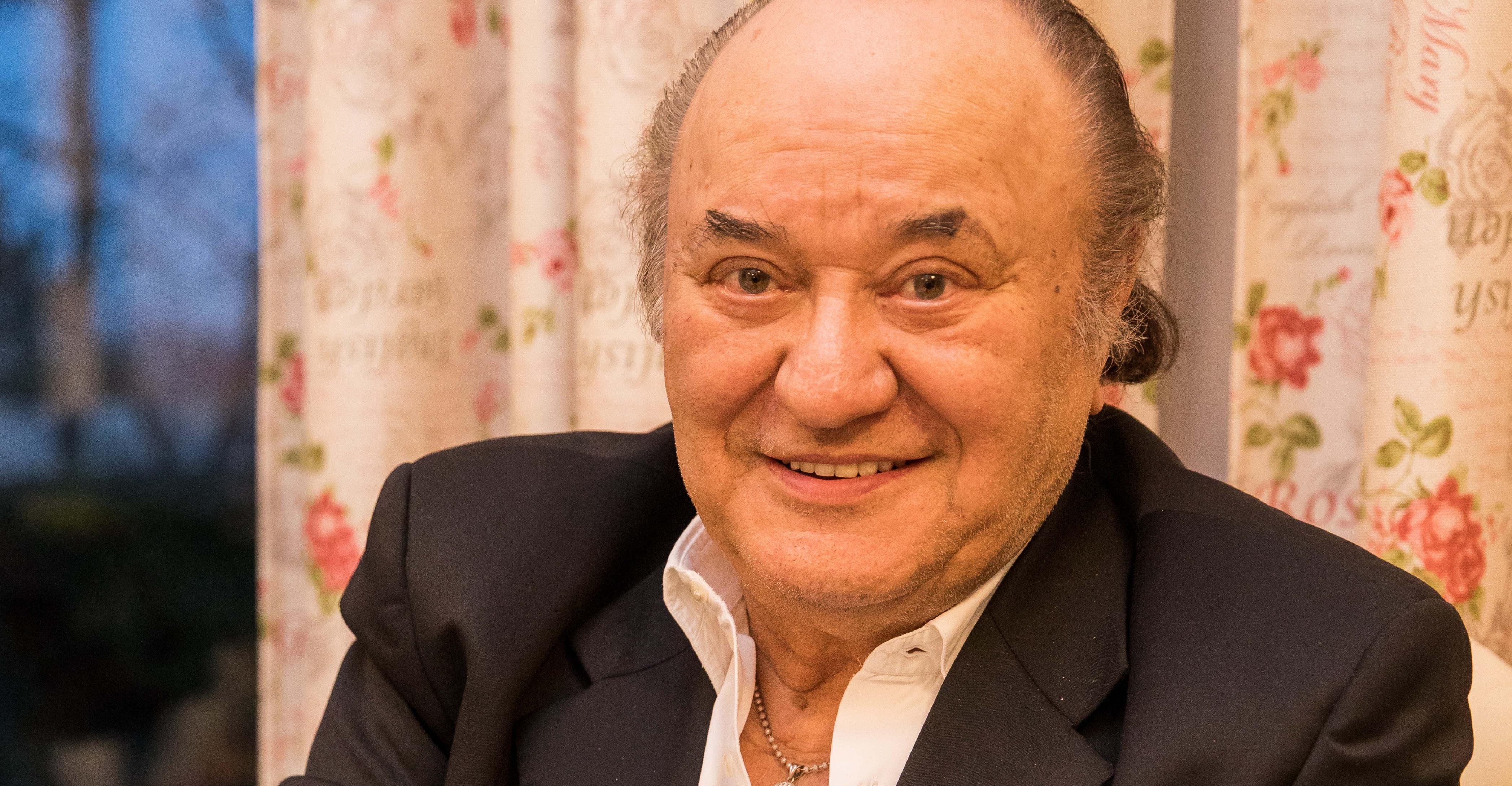 Ékszerrel támogatta Korda György a Sztárban sztár versenyzőjét