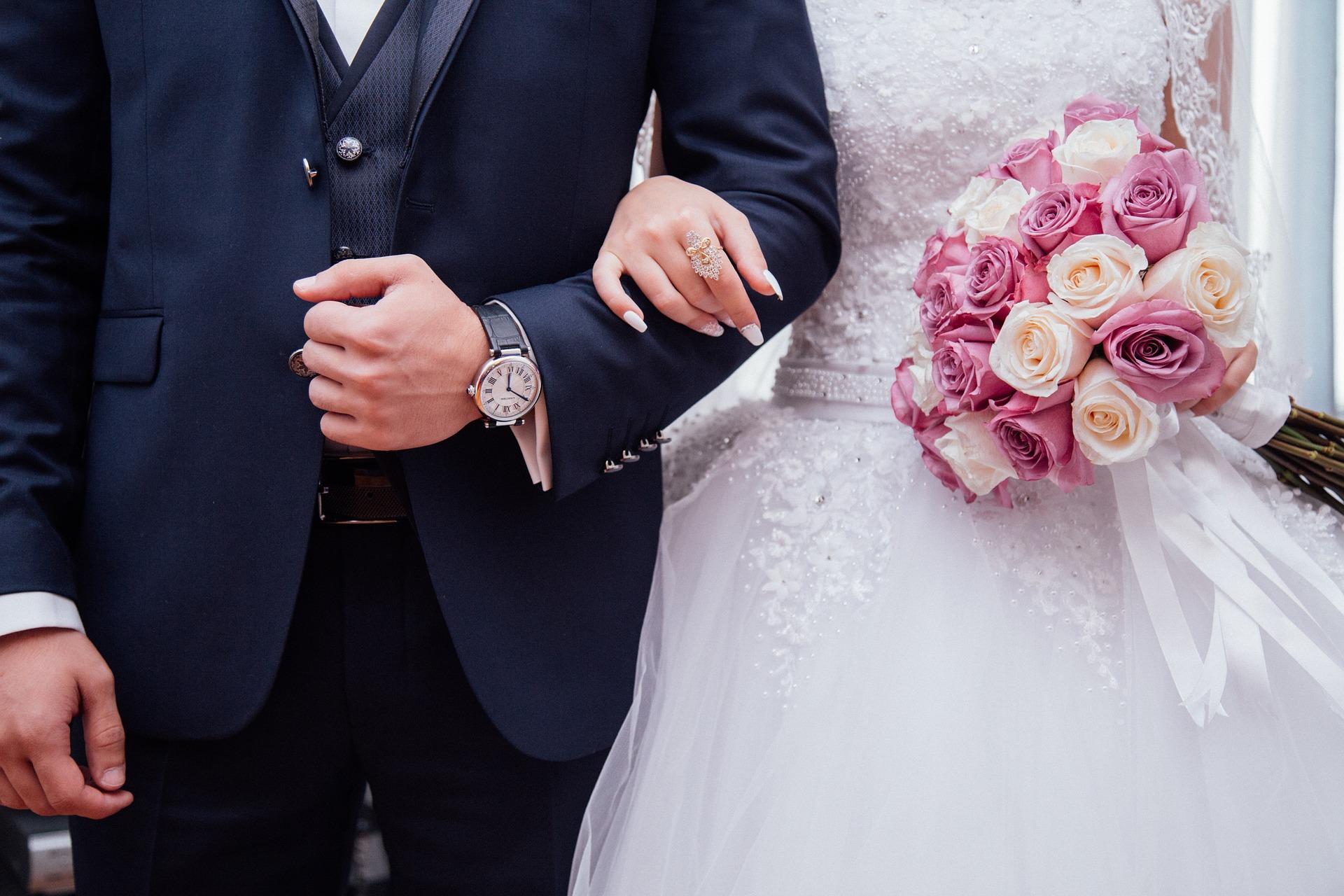 Esküvőfrász: mit vegyek fel?! | ezustcsillag.hu