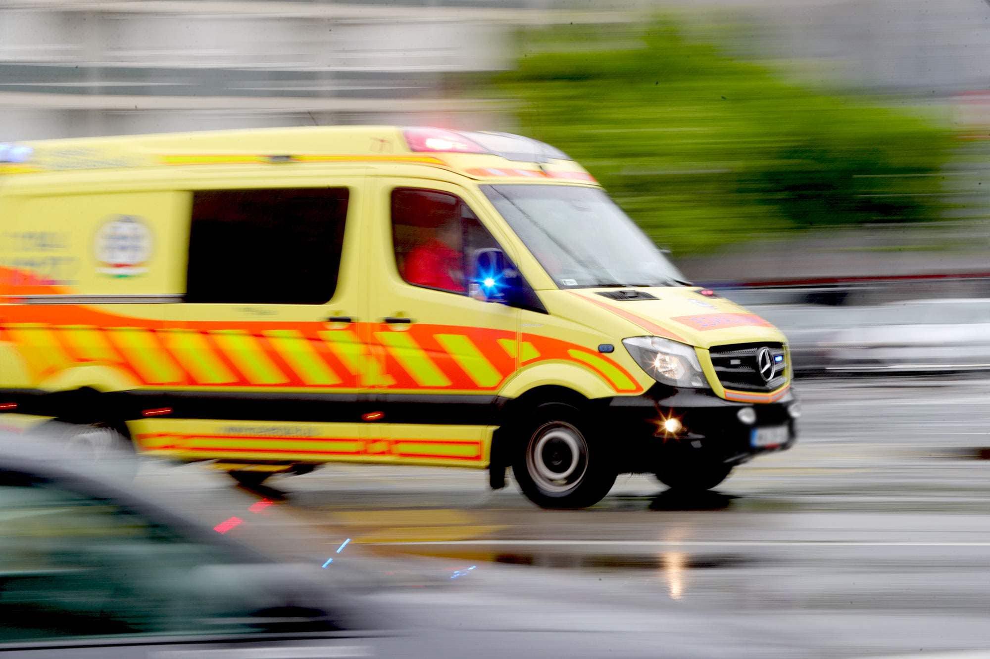Újraélesztés: a mentősöknek köszönheti az életét az idős férfi