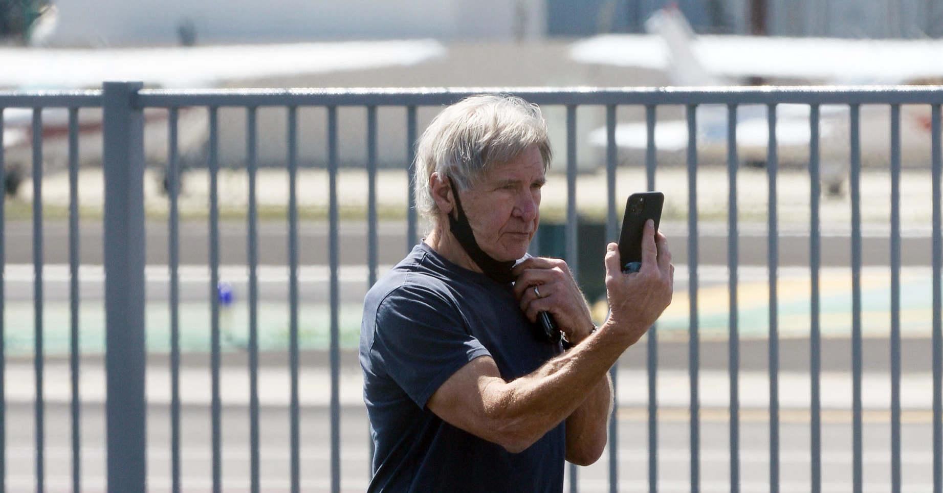 Harrison Ford 2 órát várt az oltására