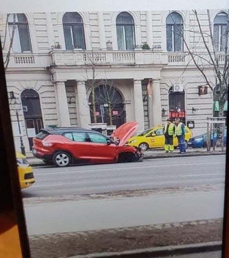 Ízekre szedik a netezők a balesetet okozó Vitray-t