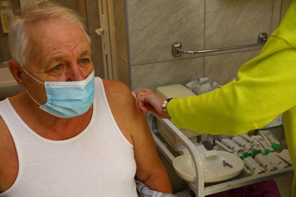 A Nemzetközi Trombózis Társaság ajánlása szerint bátran fel lehet venni az AsraZeneca vakcinát is