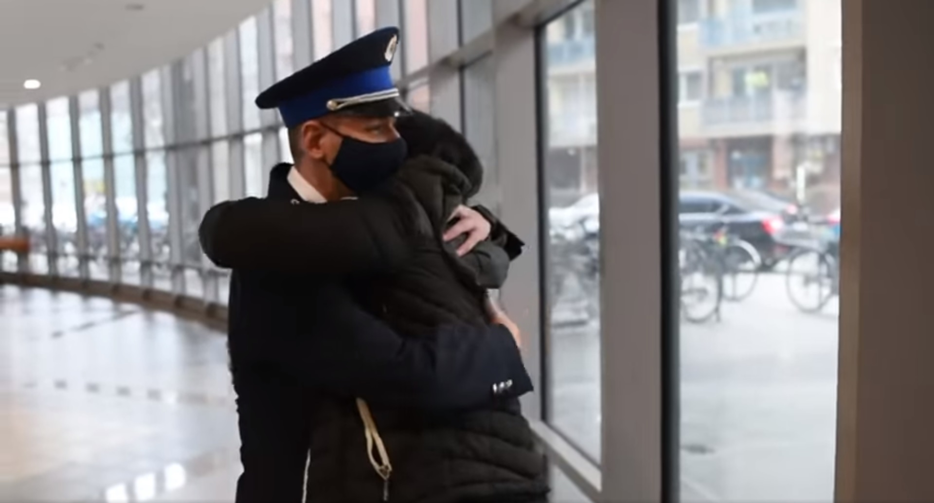 Újra találkozott a hős újpesti rendőrpáros