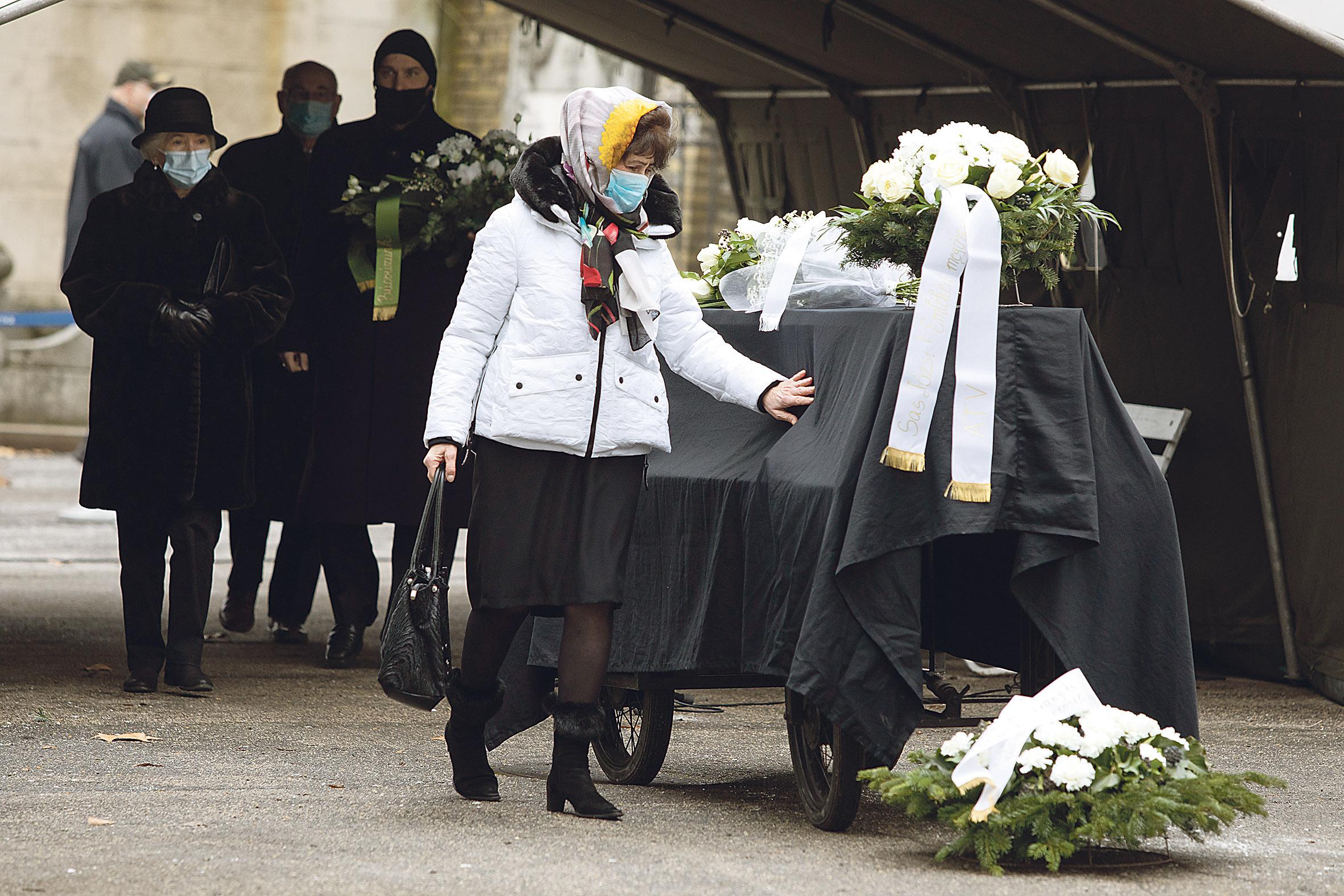 Sas József temetése