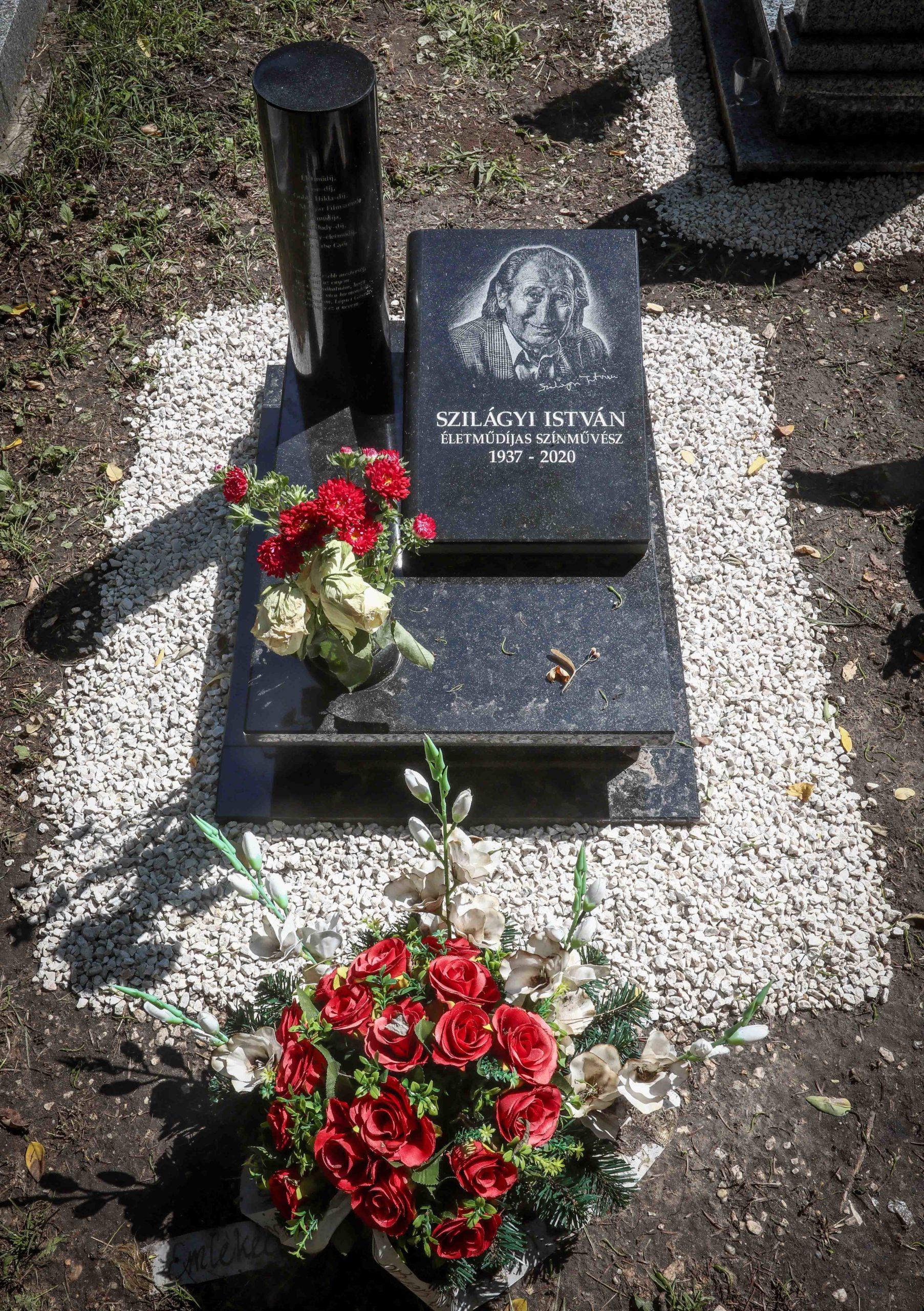szilágyi istván síremlék