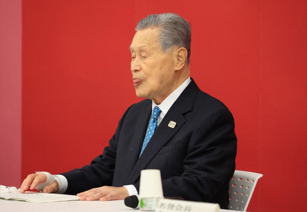 Mori Josiro lemondott a szexista megjegyzése után