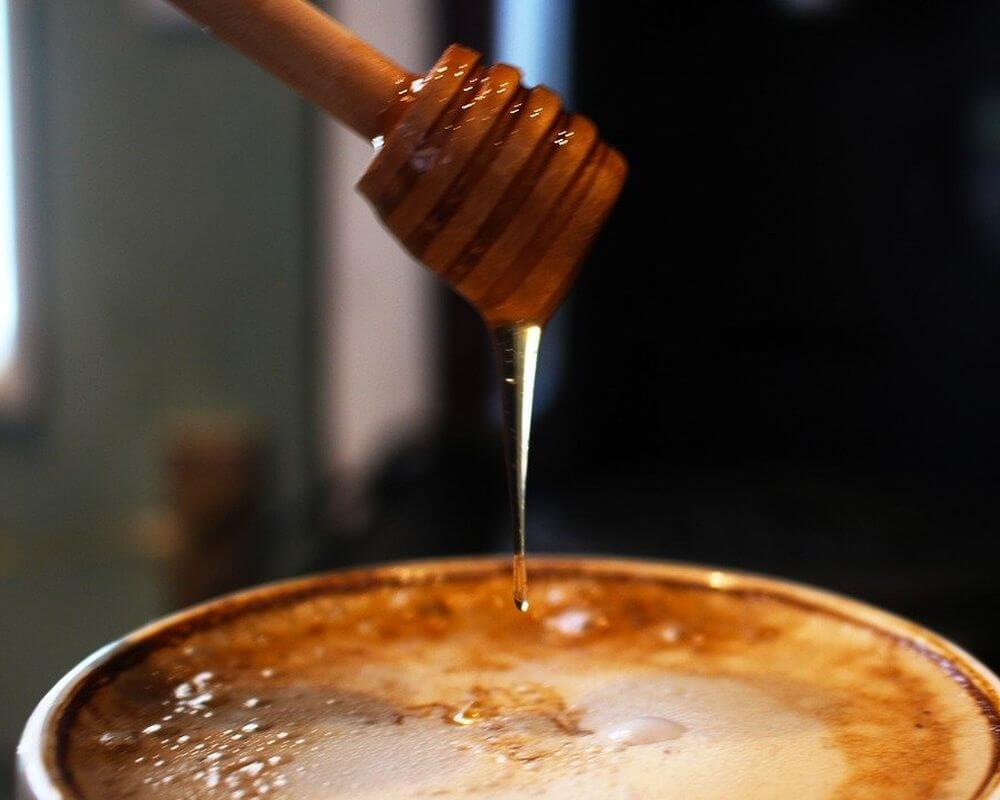 Mézes kávé