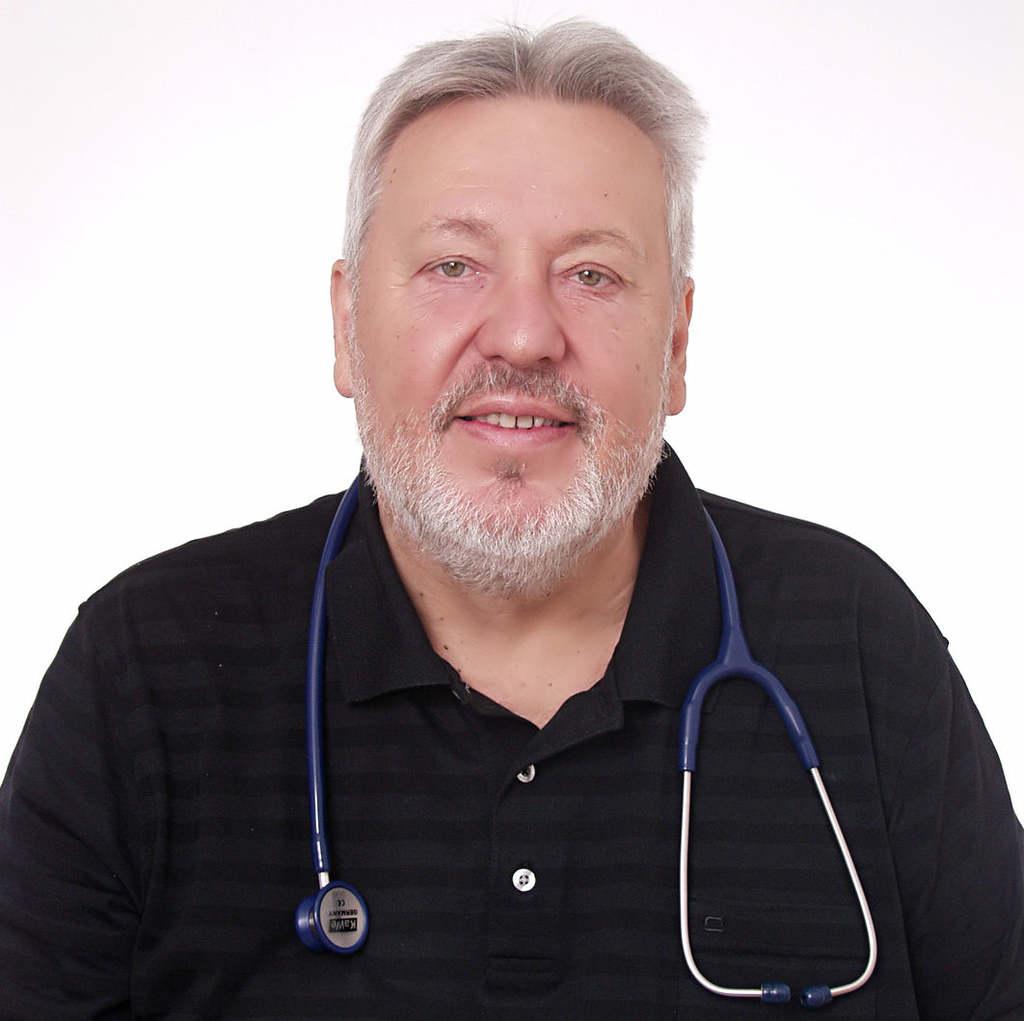 Bense Tamás a koronavírus elleni védőoltás tüneteiről: Fontos, hogy új gyógyszerrel ne kísérletezzünk