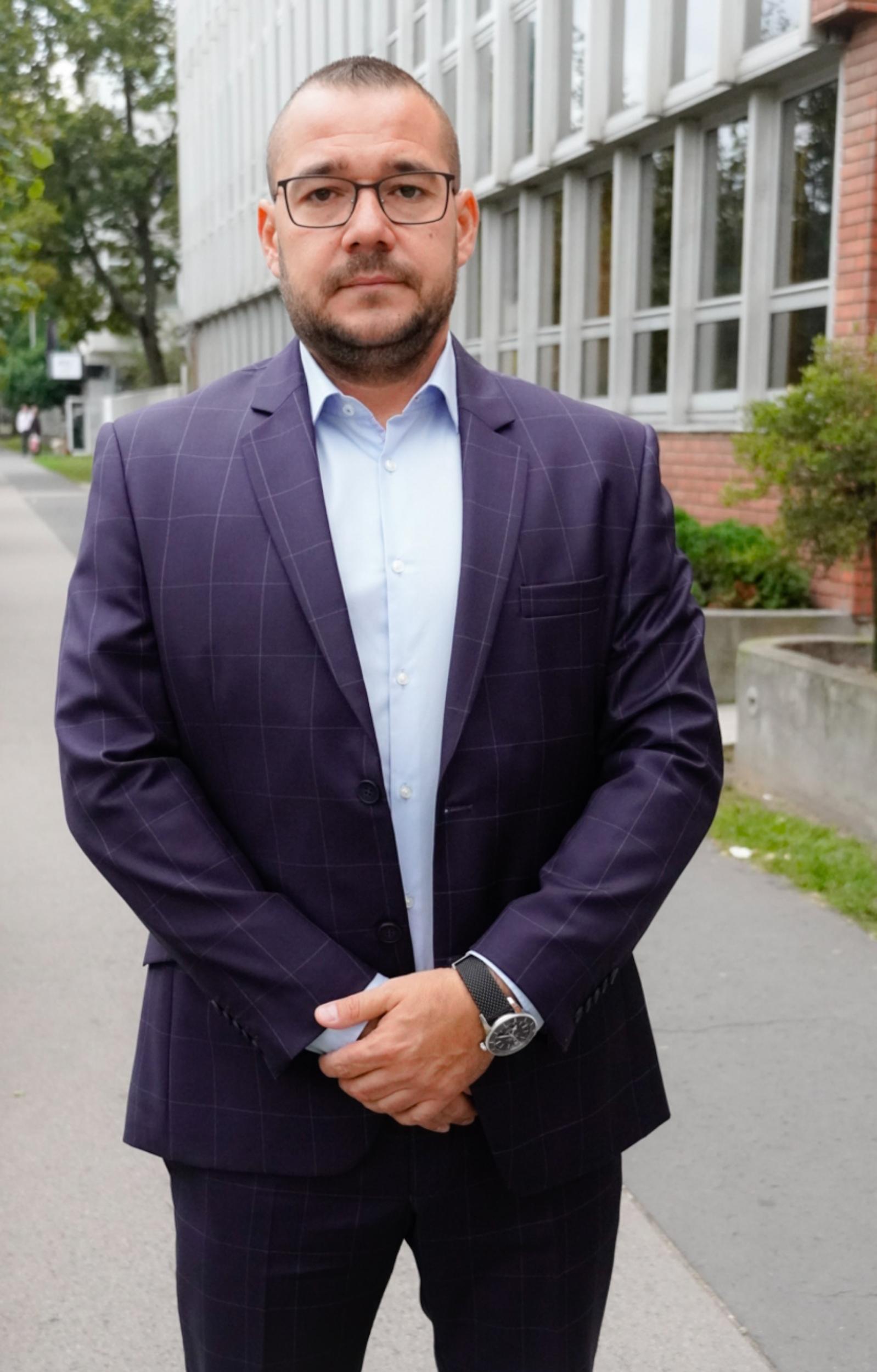 Dr. Horváth B. Gábor károsnak tartja az elnyúló eljárást