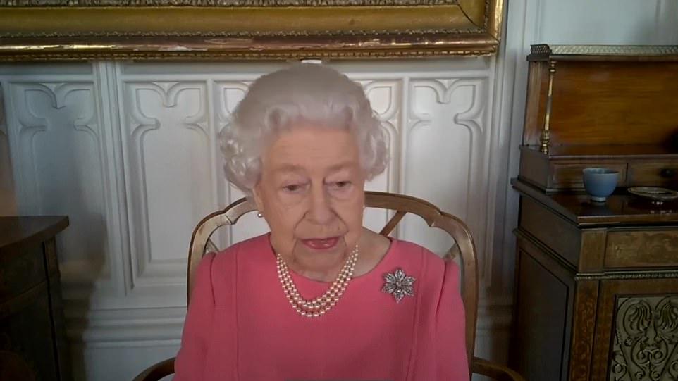 II. Erzsébet elmondta a véleményét a vakcinákról