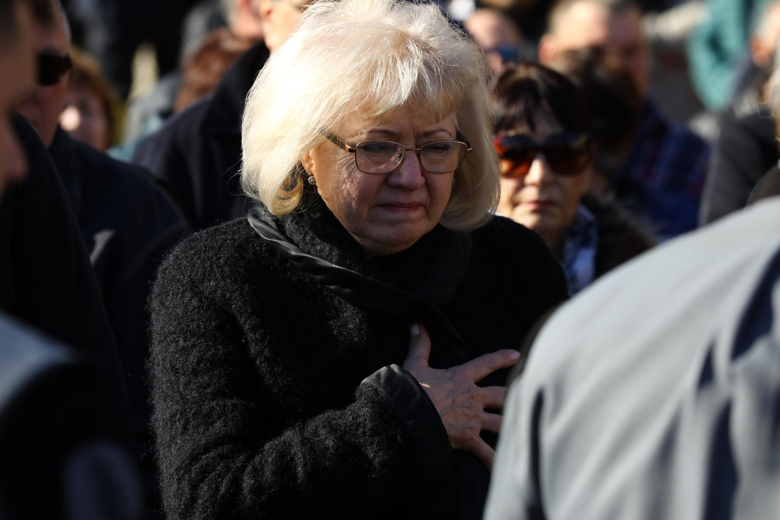 Koós János özvegye, Dékány Sarolta most a lánya közelében él.