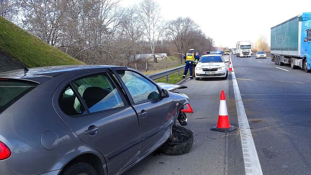Baleset miatt torlódás az M5-ös autópályán