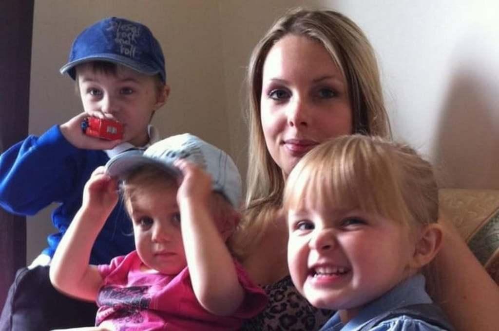 Tragikus éjjel: Meghalt álmában a gyönyörű Laura, 7 gyereket hagyott maga után
