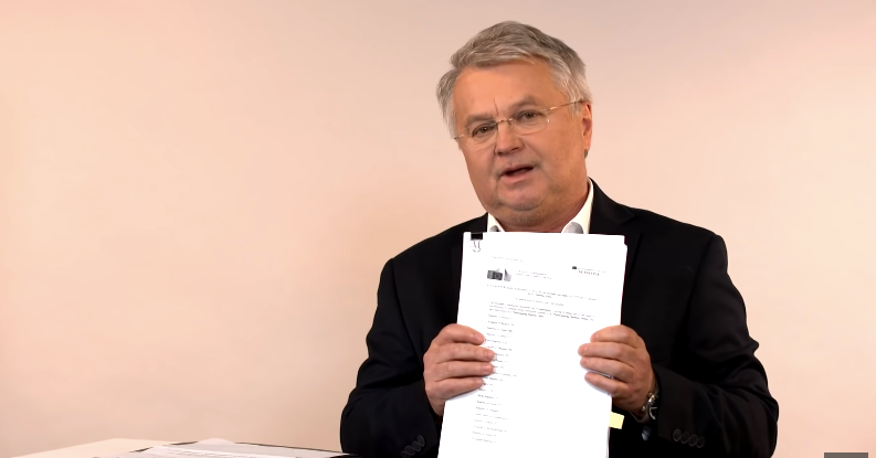 Botrányos késedelem: Kitakarták a fontos részeket az EU-s vakcinaszerződéseken