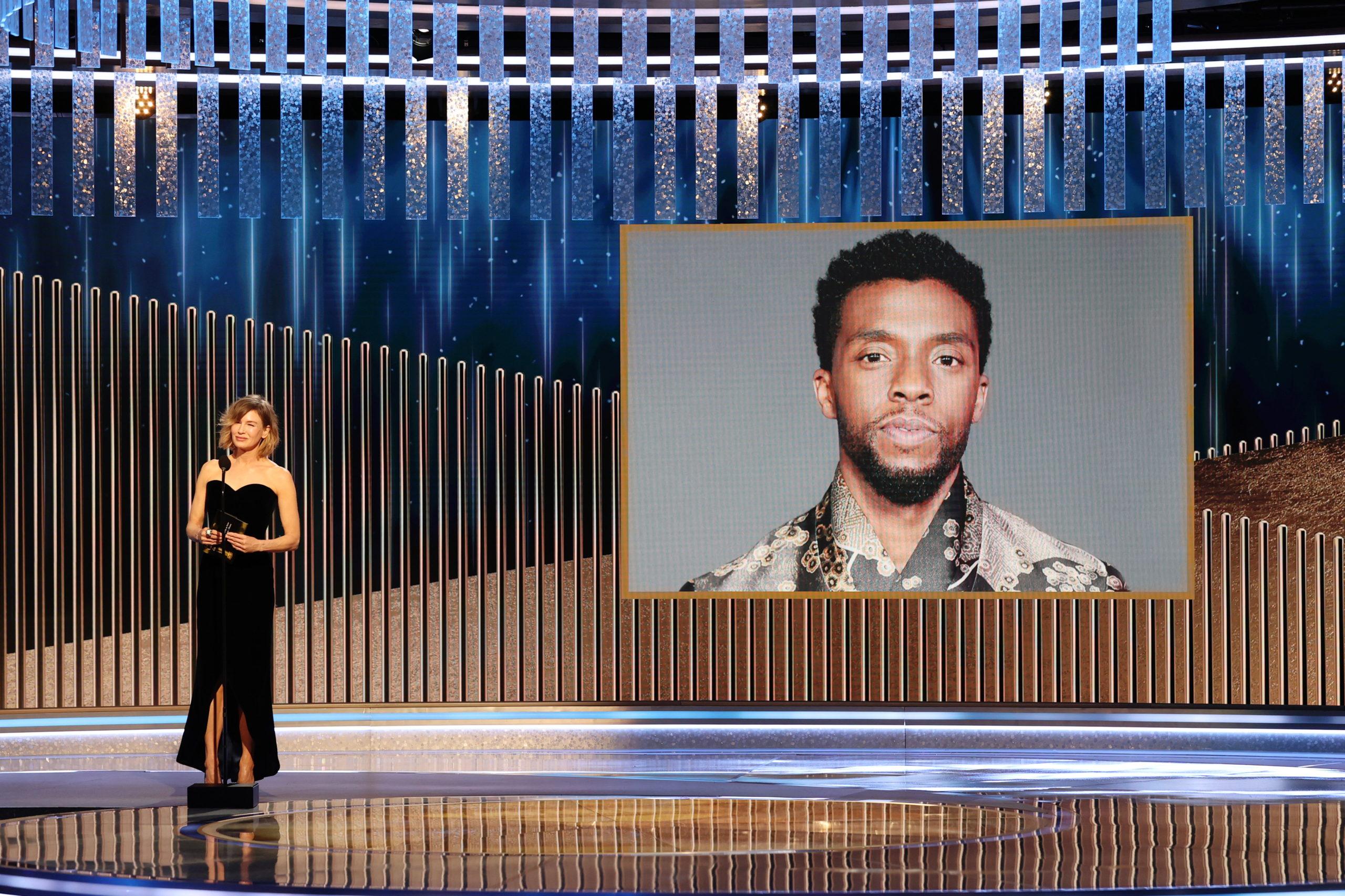 Chadwick Boseman posztomusz díjat kapott