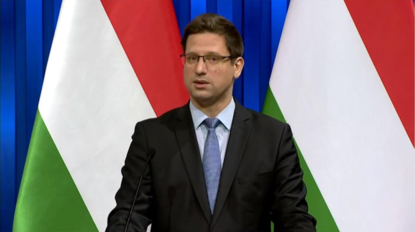 Gulyás Gergely bejelentette a szigorításokat