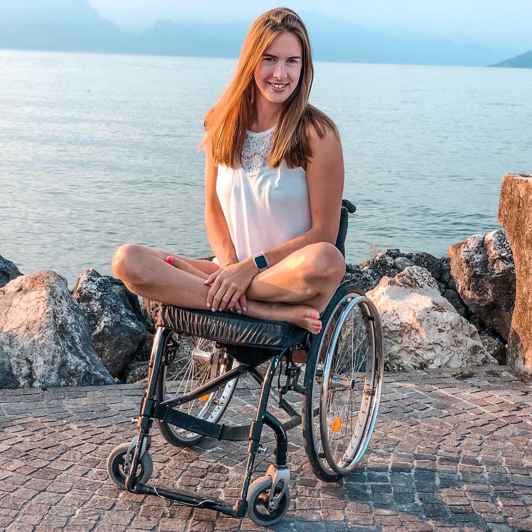 Marija kerekesszékesként is teljes életet él