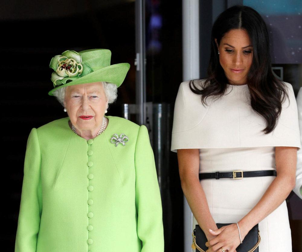 A királynő kezébe vette Meghanék ügyének intézését