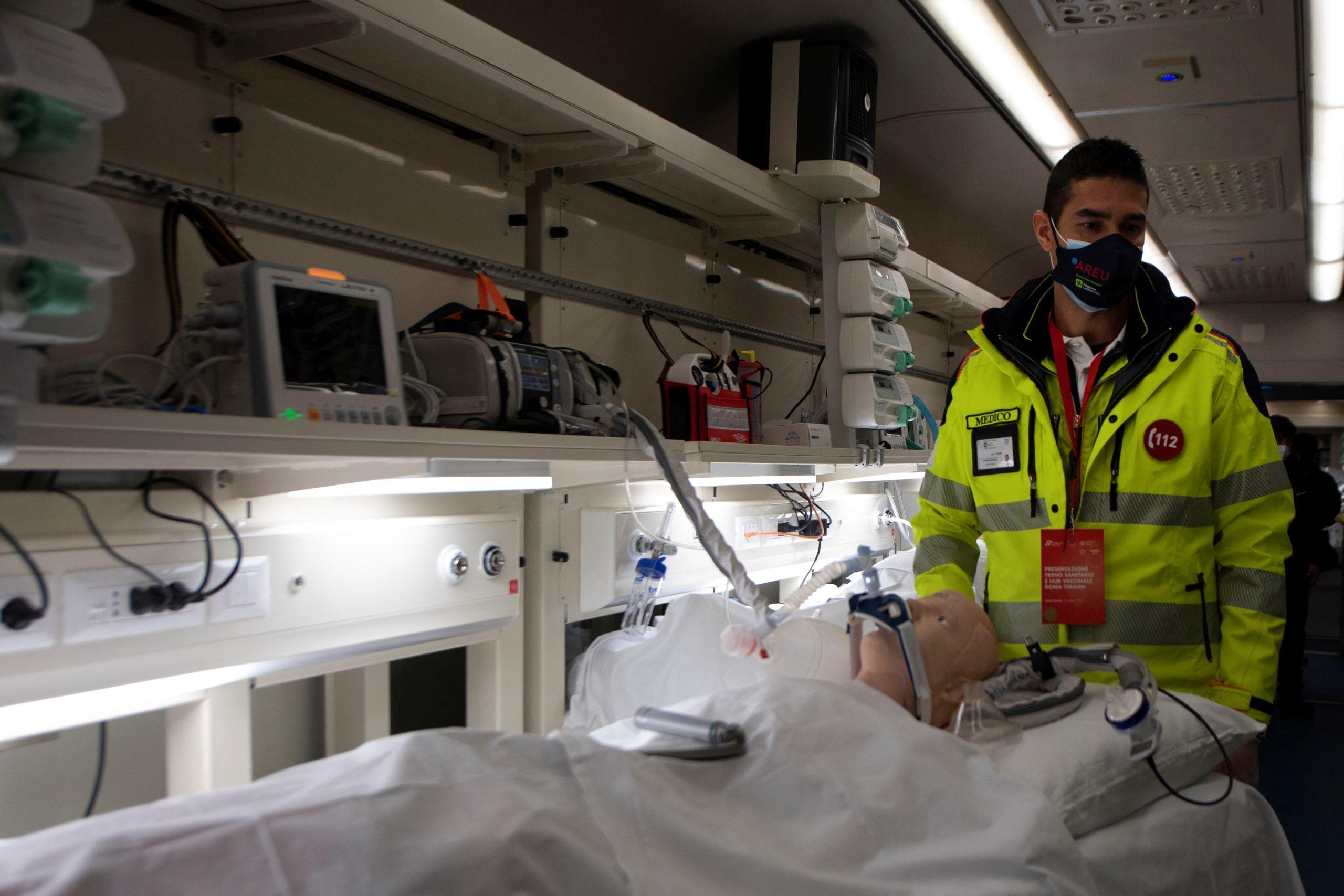 Ágyhiány esetén használható a kórház vonat