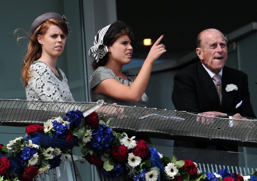 Eugénia hercegnő (középen) imádta a nagypapáját, megrázta Fülöp herceg halála