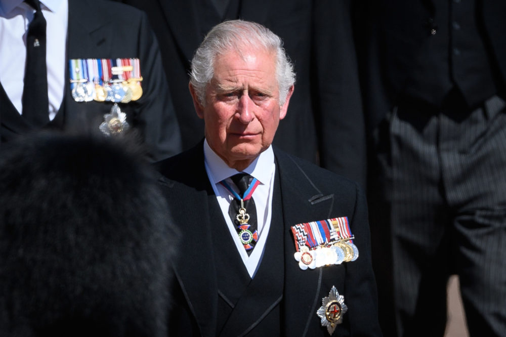 Károly herceg magányra vágyik
