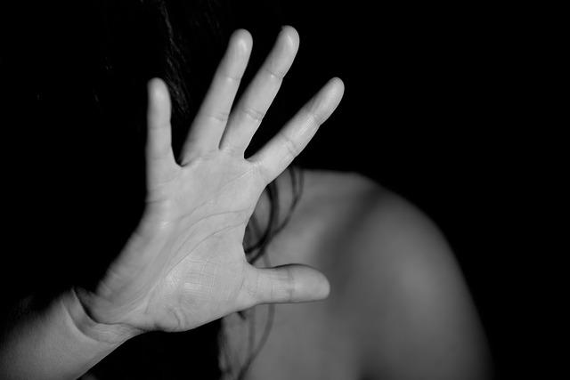 Bántalmazó kapcsolatba menekült a megerőszakolt nő