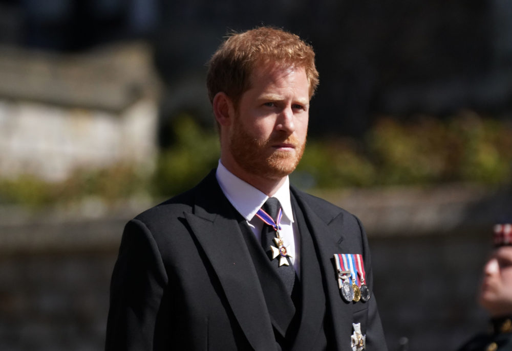Harry egy másik nő miatt hagyta ott a királynőt