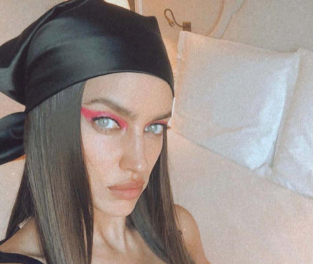 Irina Shayk pucéran ünnepel