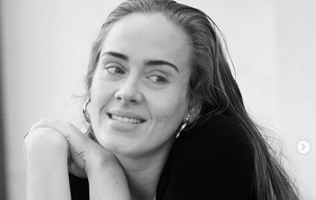 Lesújtó hírt kapott Adele, súlyos betegség után meghalt az apja