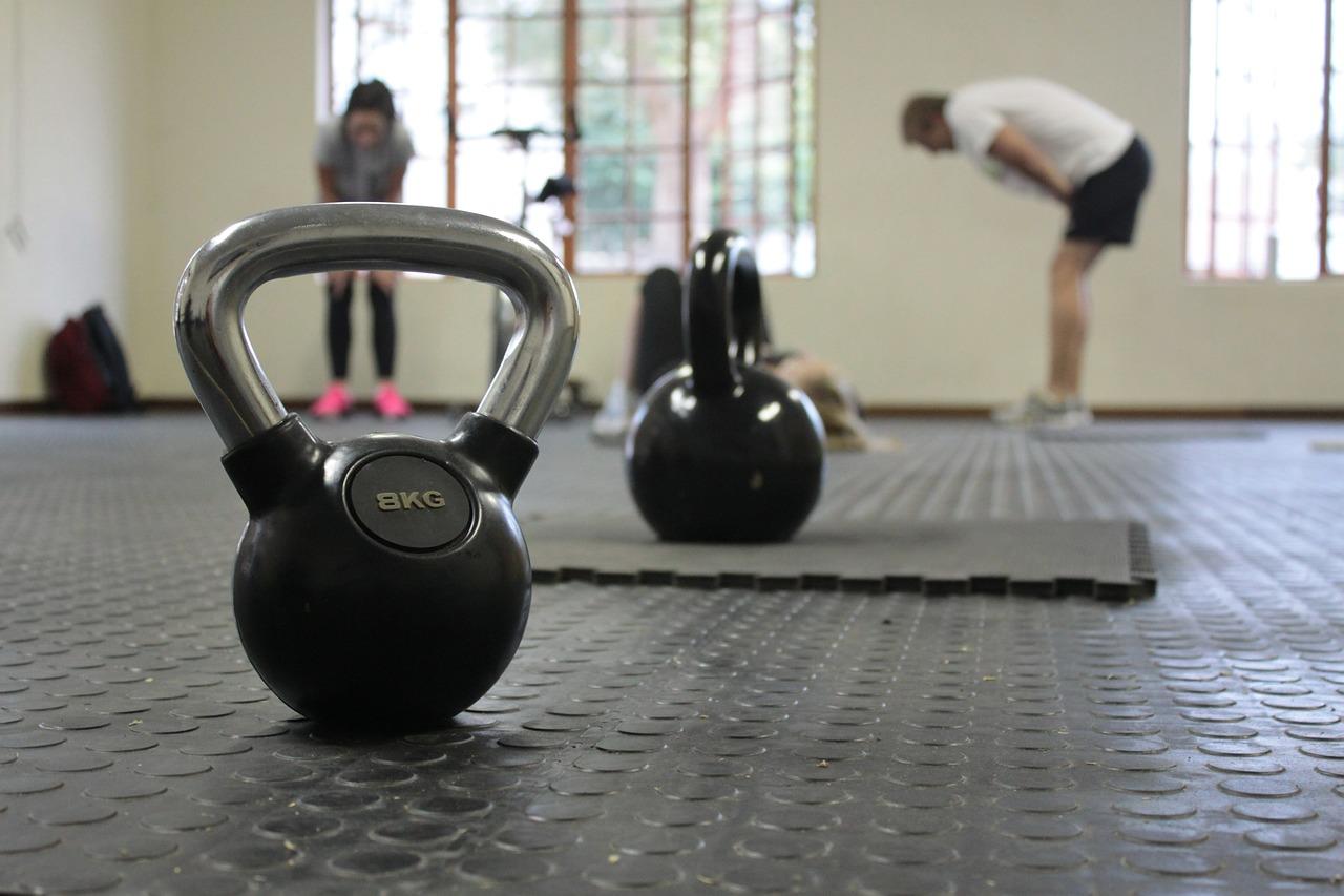 Top 5 tuti tipp a súlyzózáshoz fiataloknak