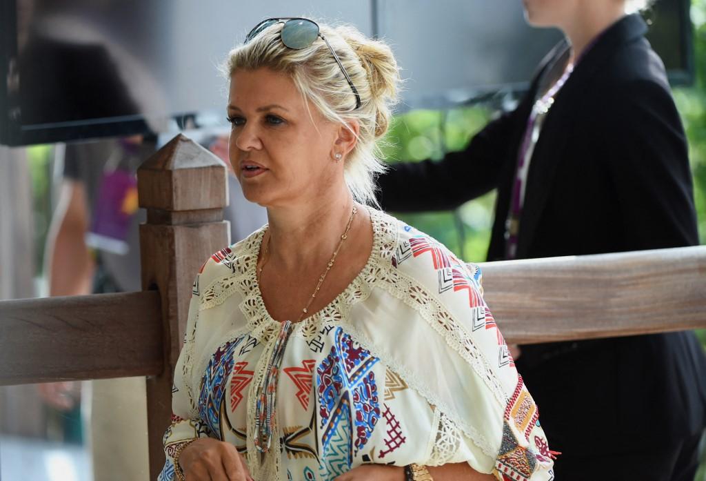 Corinna Schumacher eladja a család nyaralóját