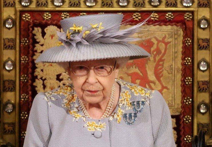 II. Erzsébet királynő vidékre utazik, hogy csendben gyászolhasson
