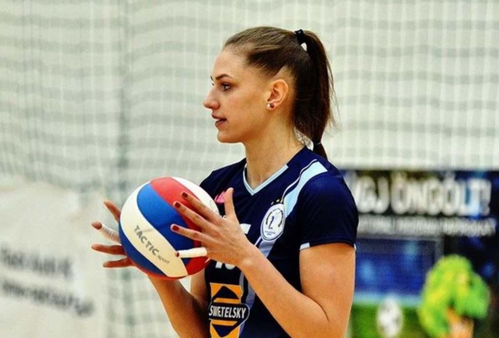 A magyar röplabdás lány tangás fenekénél forróbb ma már nem lesz