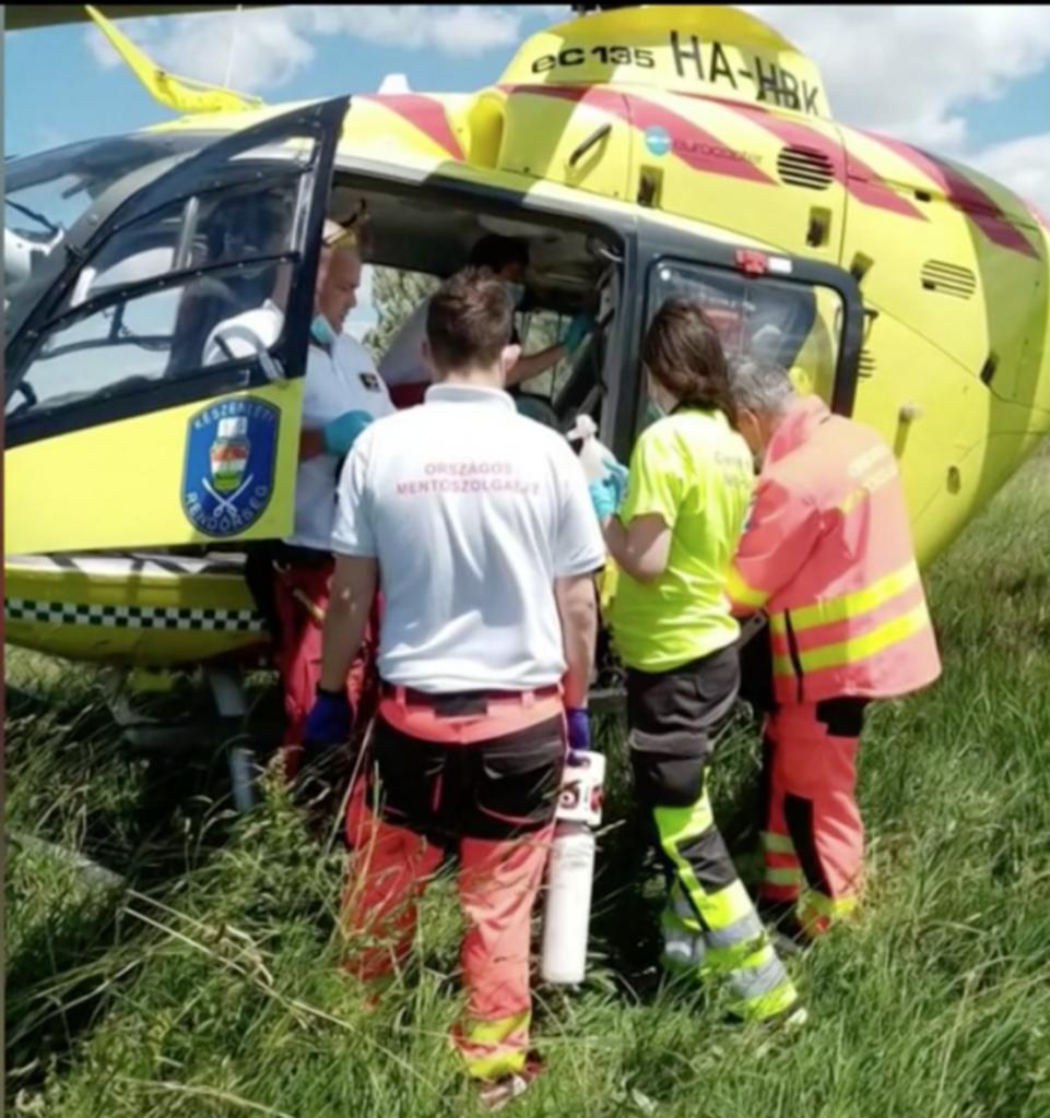 Mentőhelikopterrel vitték egy pesti kórházba a sérült kisfiút