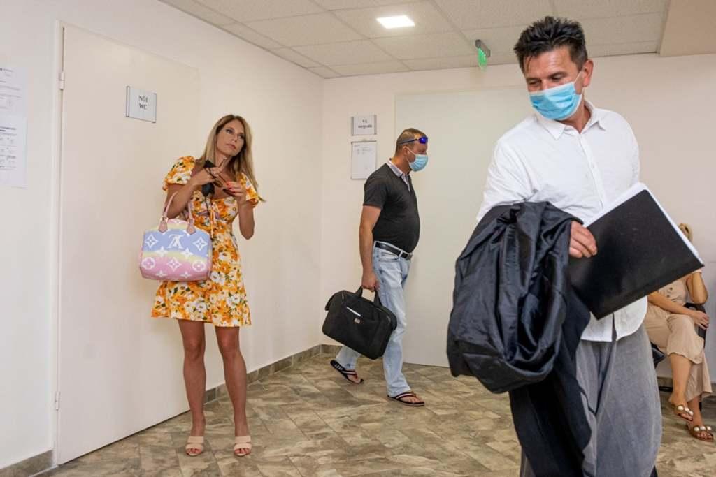 Dagad a botrány: Szexuális zaklatással vádolták meg a magyar sztárt