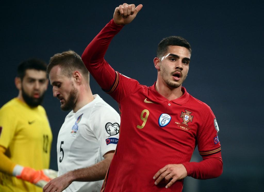 André Silva a 16 válogatottbeli góljából kettőt ellenünk szerzett