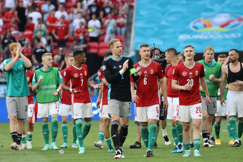 Gulácsiék a franciák elleni 1-1-es Eb-meccs után, a Puskás Arénában