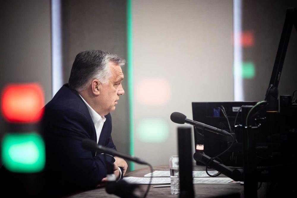 Orbán Viktor a Kossuth Rádió stúdiójában