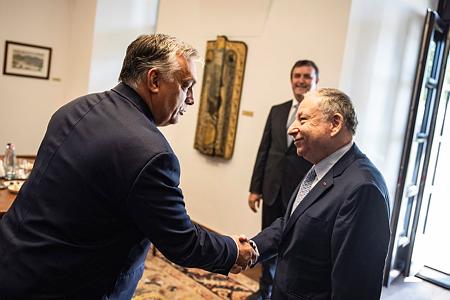 Orbán Viktor fogadta Jean Todtot, az FIA elnökét, aki korábban Michael Schumacher csapatfőnöke volt a Ferrarinál