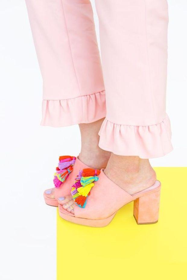 Hihetetlen dísz kerül tavasszal a cipőkre: Többé nincs