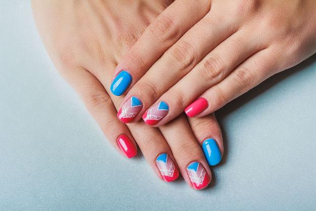 kék és rózsaszín fogyás pirulákl